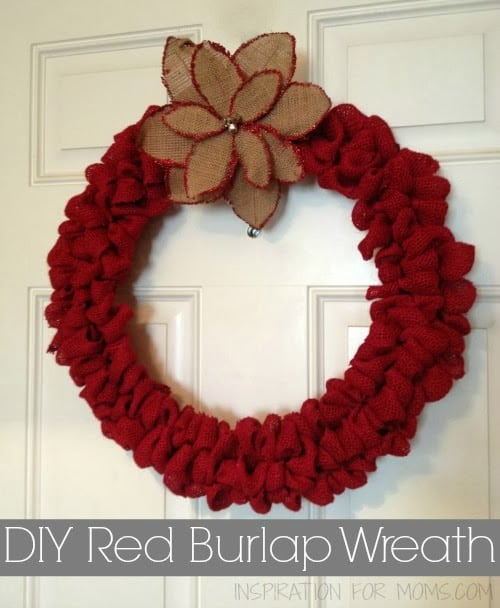 Diy christmas red burlap wreath inspiration for moms Christmas wreaths to make