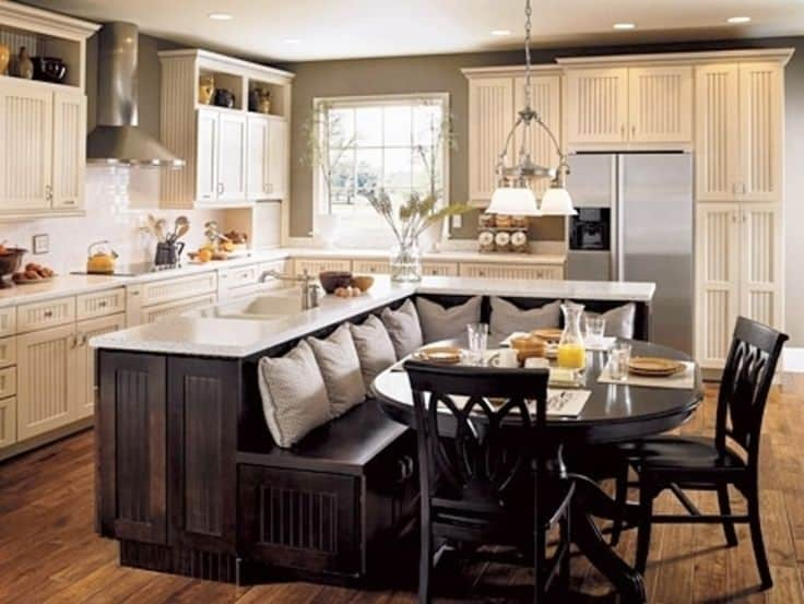 Classic Chic Home: Unique And Inspiring Kitchen Island Ideas