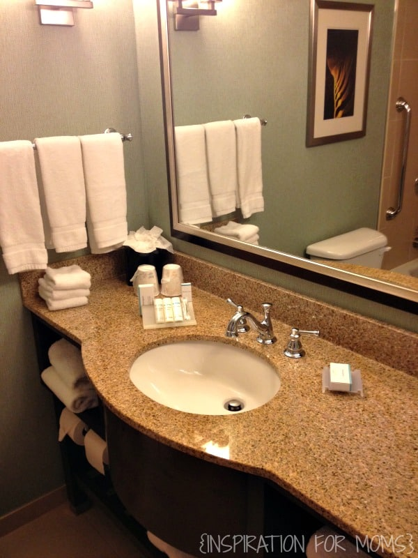 hilton garden inn Atlanta bathroom