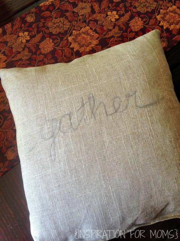 thankgiving sentiment inspired pillow tutorial- pencil gather