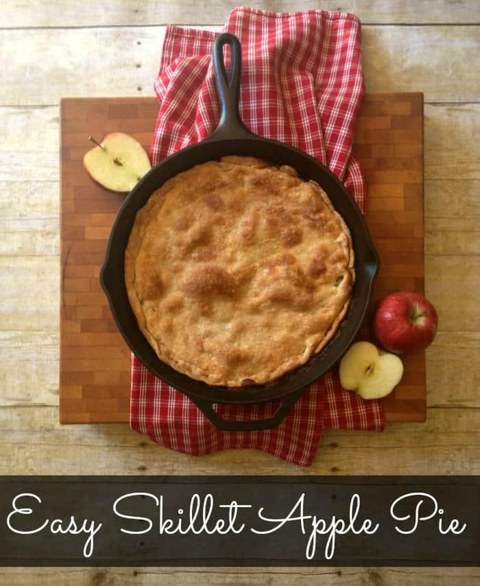 Easy Skillet Apple Pie - All the sweet taste of an apple pie without the work! #applepie #skilletapplepie #pierecipe | www.inspirationformoms.com