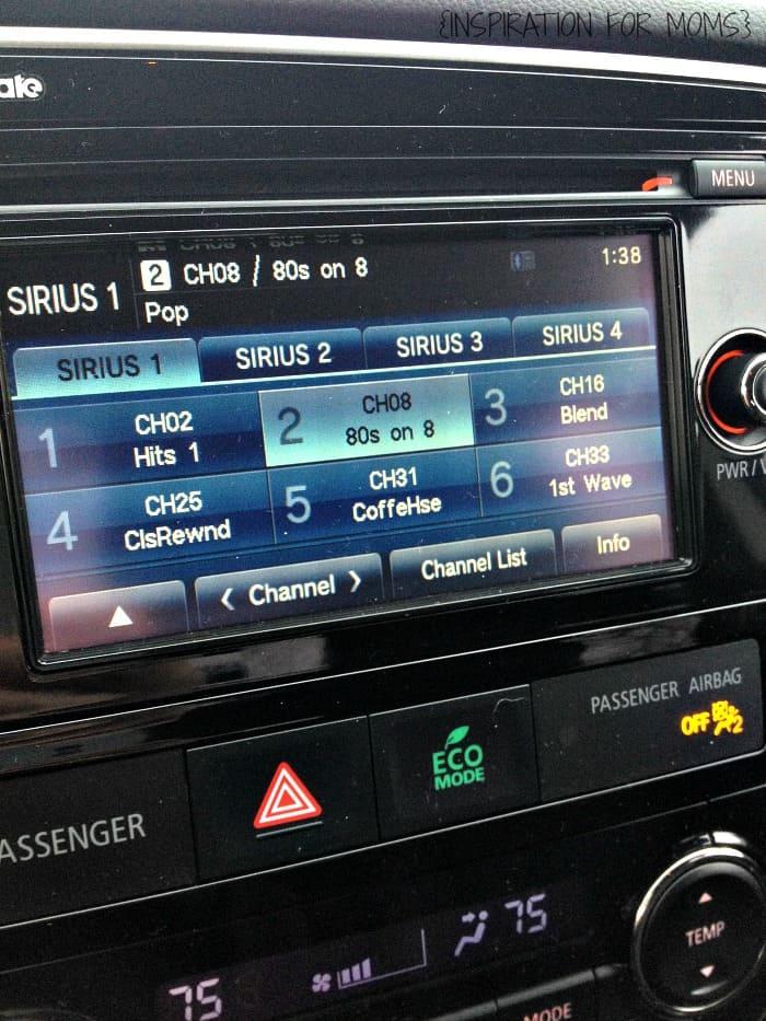Mitsubishi Outlander - 2015 sirius