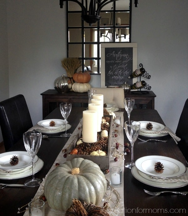 A Simple Thanksgiving Tablescape-Full Table