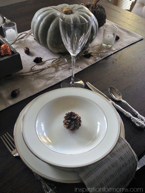 A Simple Thanksgiving Tablescape-Place Setting2