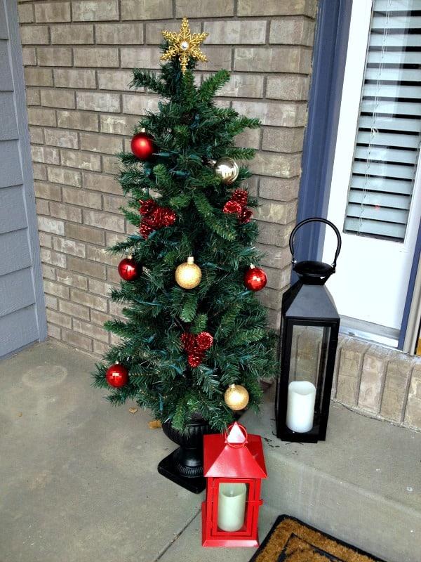 easy christmas front door decor left side tree