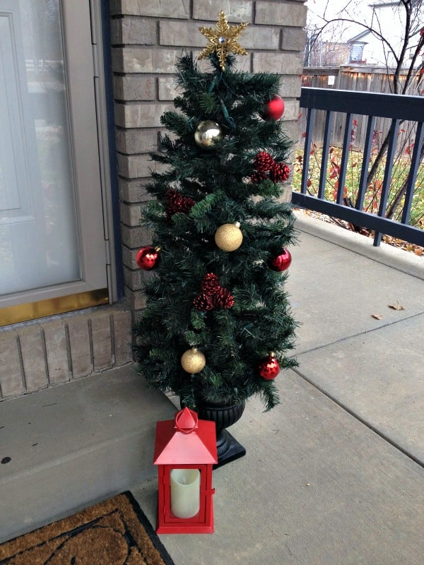 easy christmas front door decor right side tree