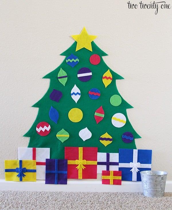 kid-felt-christmas-tree