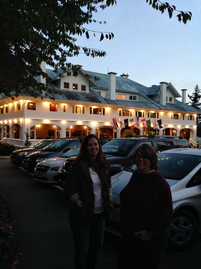 the-rosario-resort-and-spa-at-night