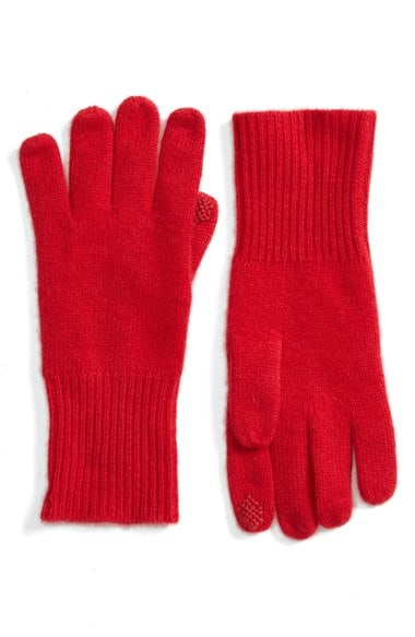 This ultimate gift guide for the lady has a great collection of gifts for any lady in your life, like these gloves!