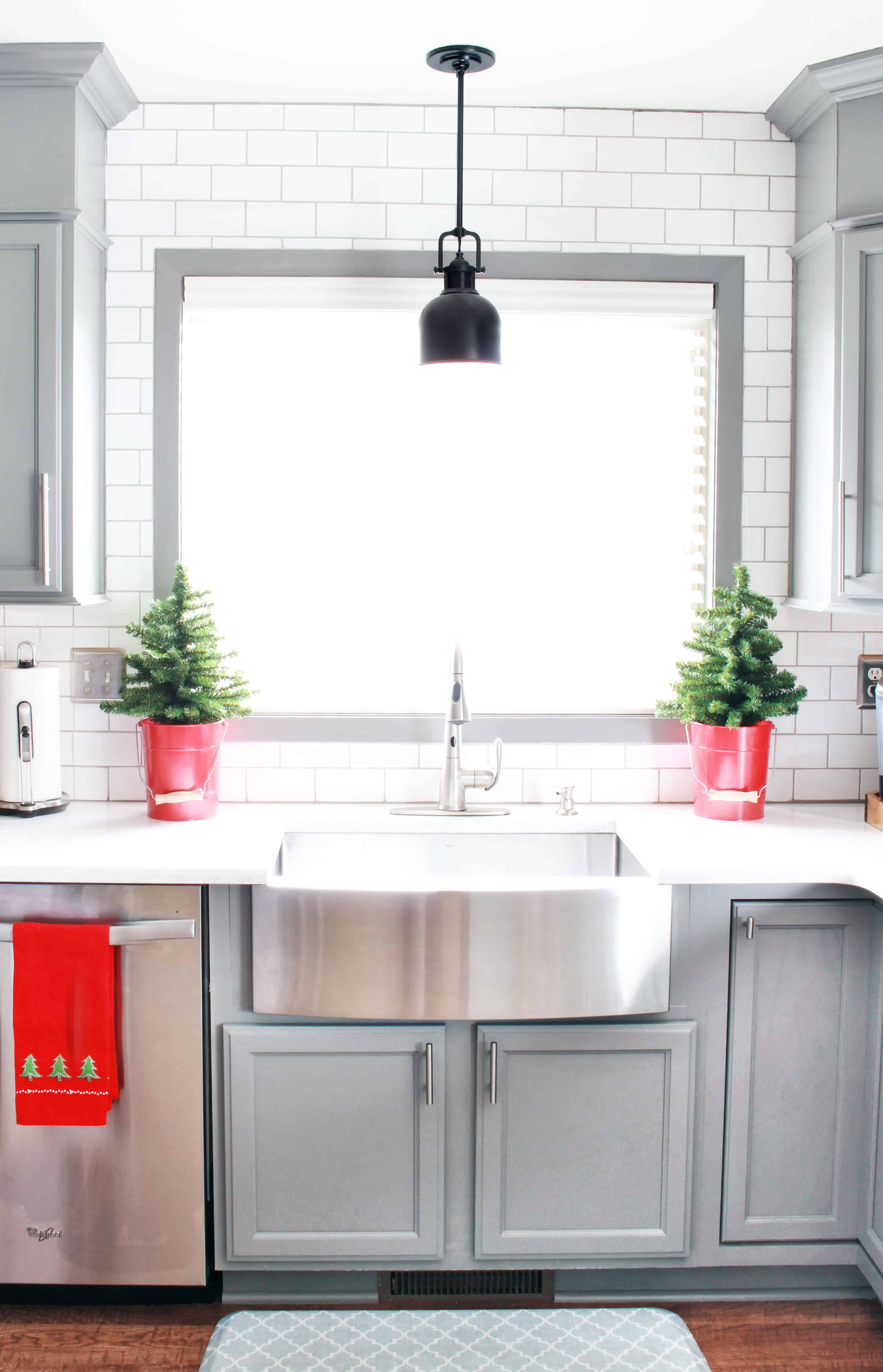 christmas-home-tour-kitchen-inspirationformoms