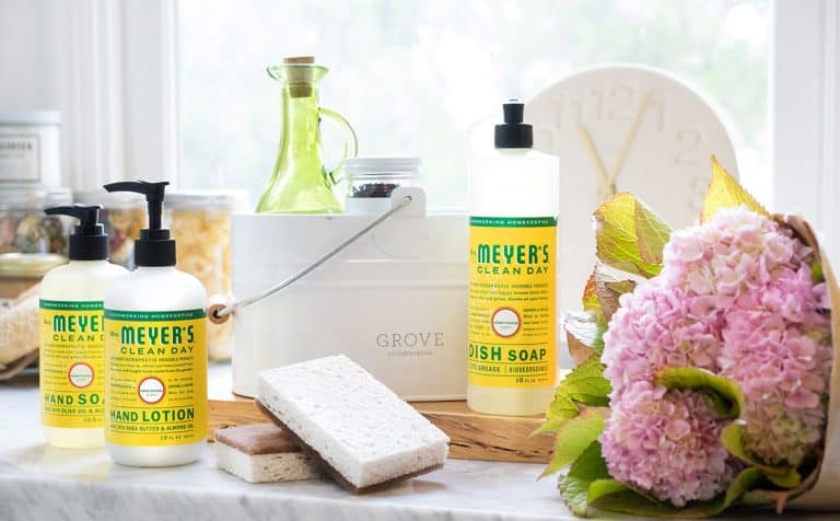A Clean Start to the New Year with Free Mrs Meyers Gift Set