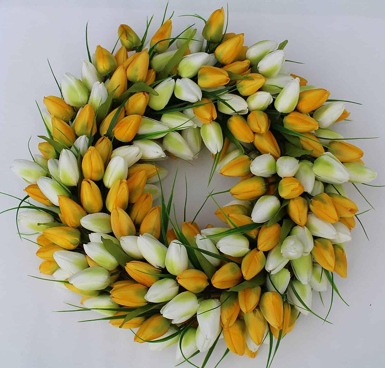 beautiful tulip wreath