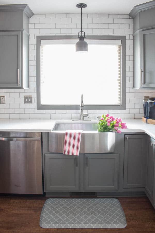 Spring Home Tour - farmhouse sink, tulips, subway tile