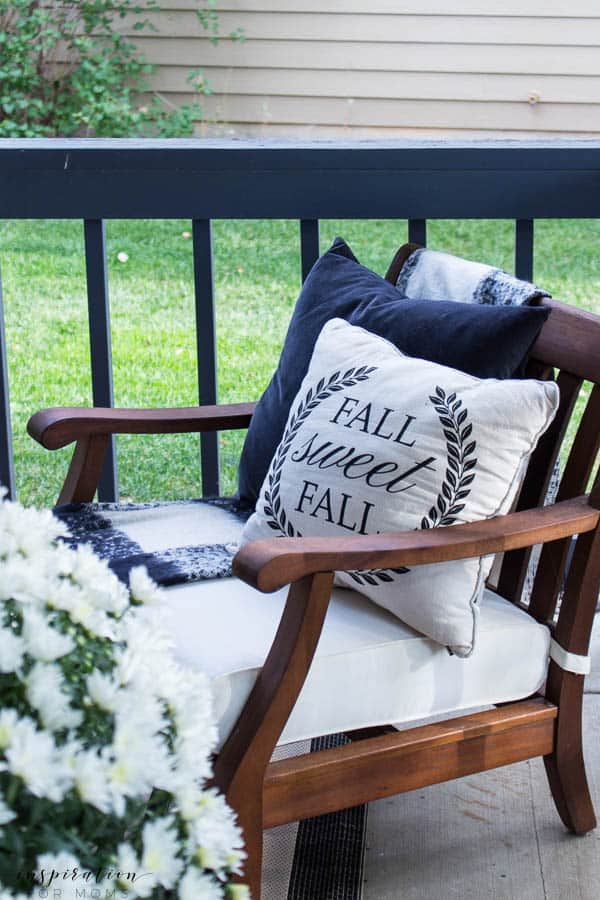 Welcome to a neutral Fall home tour with white pumpkins and plenty of cozy touches. fall pillow, buffalo check throw, velvet