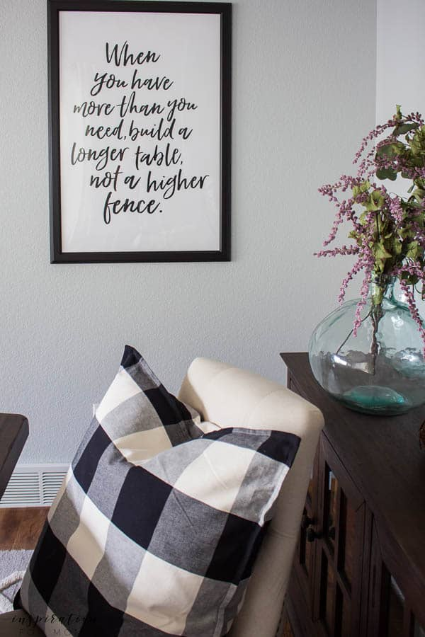 Welcome to my simple, but cozy Fall Home Tour -- dining room, fall decor, buffalo check