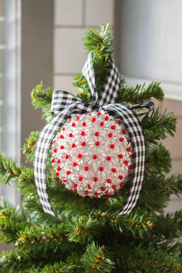 DIY Amaryllis Inspired Christmas Ornament