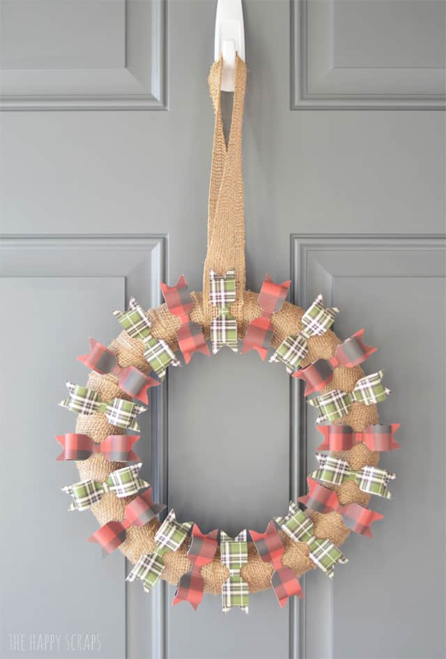 Paper Bow Christmas Wreath