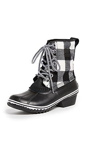 These Sorel Snow boots are sooo cute!
