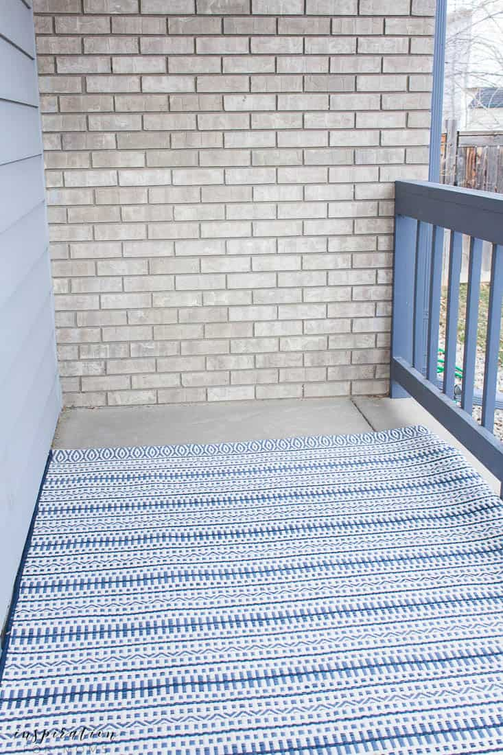 five easy tips to get your front porch spring ready navy striped outdoor rug