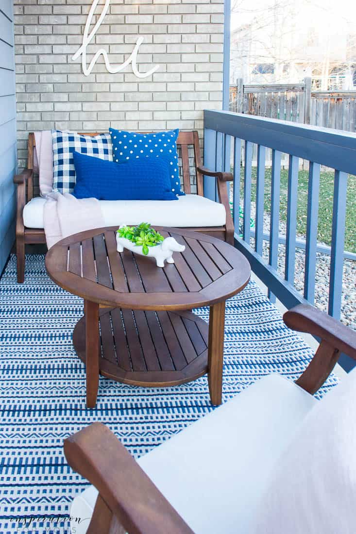 five easy tips to get your front porch spring ready navy pillows blush pink