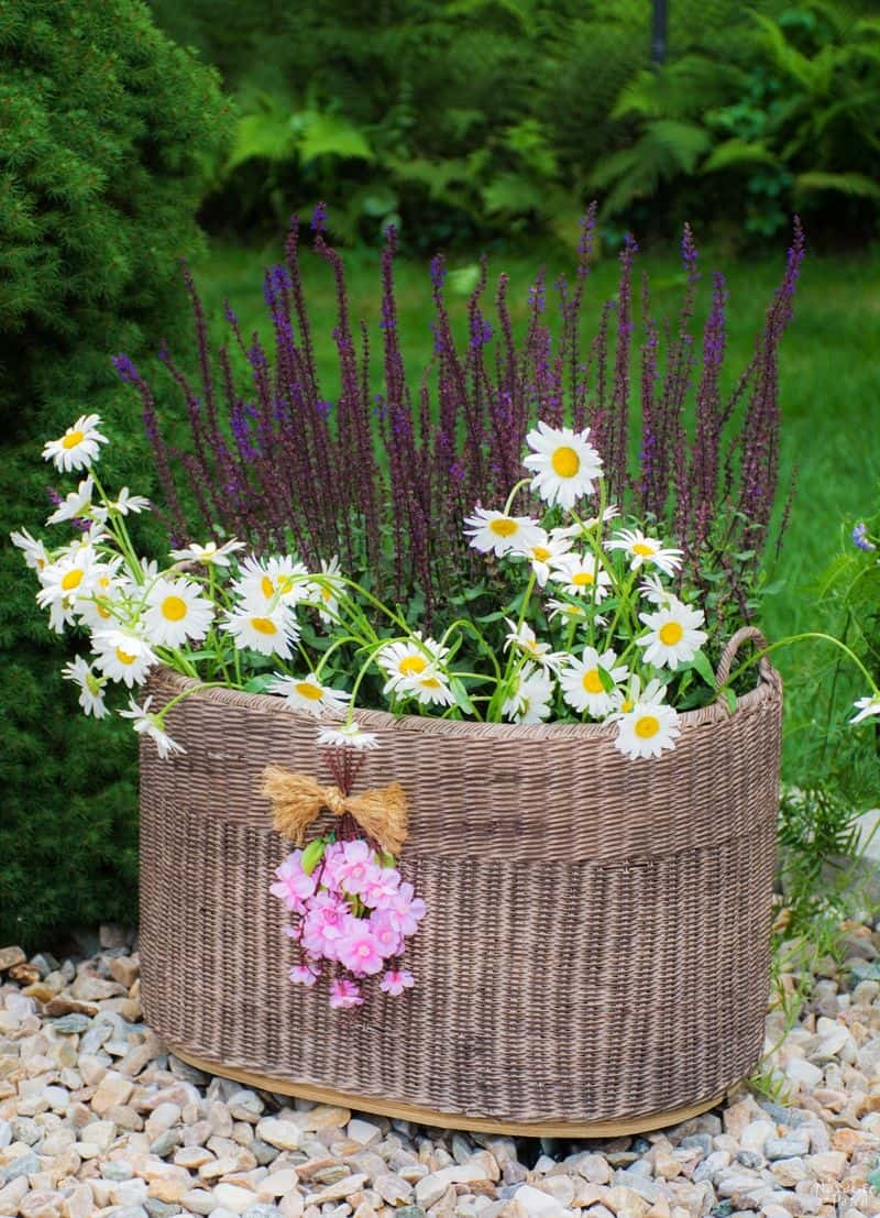 diy planter basket with casters