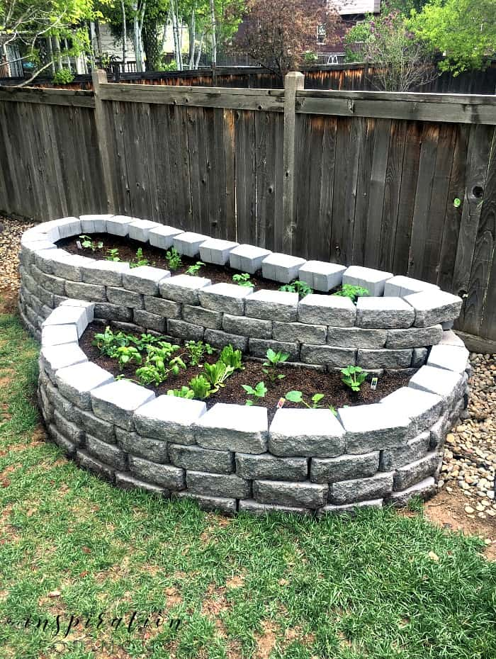 To Build A Raised Garden With Pavers, Building A Raised Garden Bed With Bricks