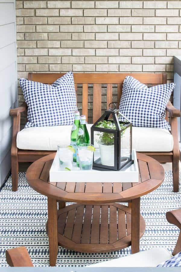 Freshen up your homes curb appeal with new seating. #curbappeal