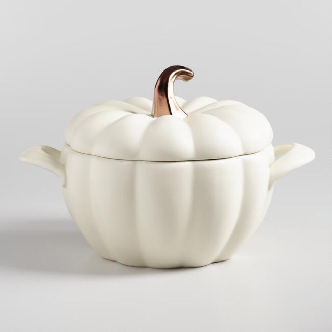 ceramic pumpkin casserole baker - great for fall dishes!