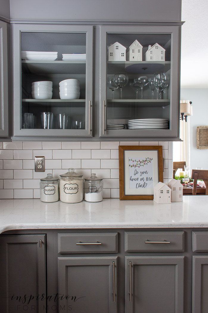 Christmas kitchen home tour with red and neutral decor
