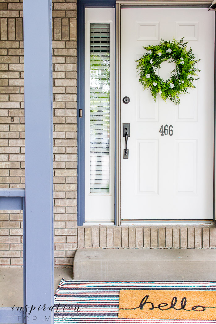 Come learn the story of how a summer wreath fern tutorial turned into a little less of a tutorial - despite my best efforts.fern wreath on front door