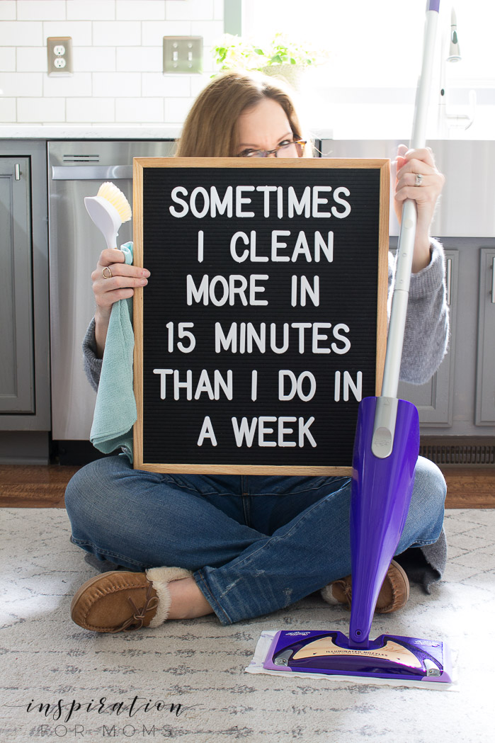 Maintain a clean and tidy home in just minutes a day! This 15 minute house cleaning schedule is going to completely change the way you think about cleaning.
