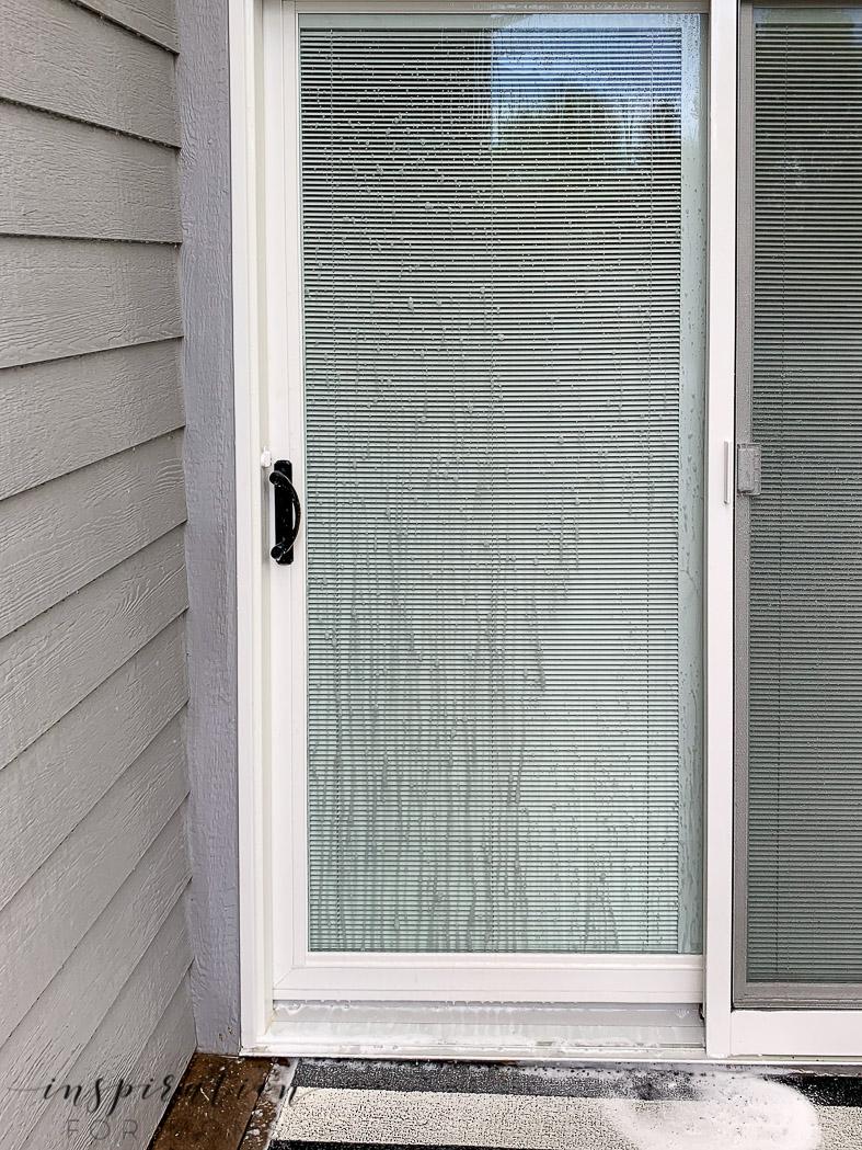 cleaning patio door with patio cleaner