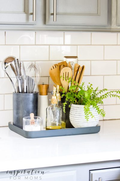 A well organized kitchen is such a beautiful sight to behold. Turn your kitchen counter organization into a display that is not only functional but also stylin'!