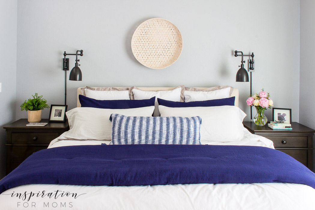 summer home tour, summer bedroom, neutral decor with navy
