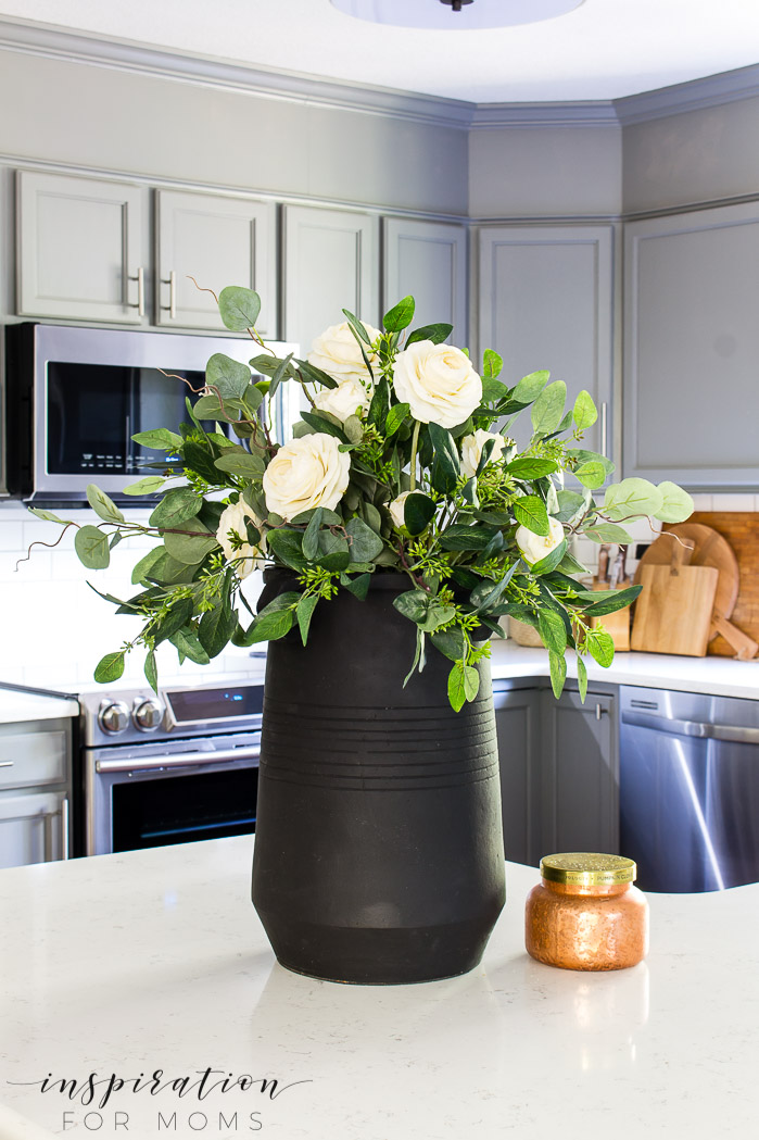 How To Make A Beautiful Eucalyptus Fall Centerpiece