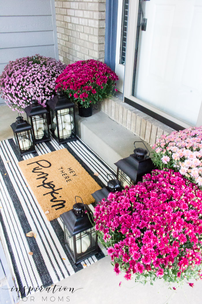 Decorating the Front Porch for Fall with Pretty Plum