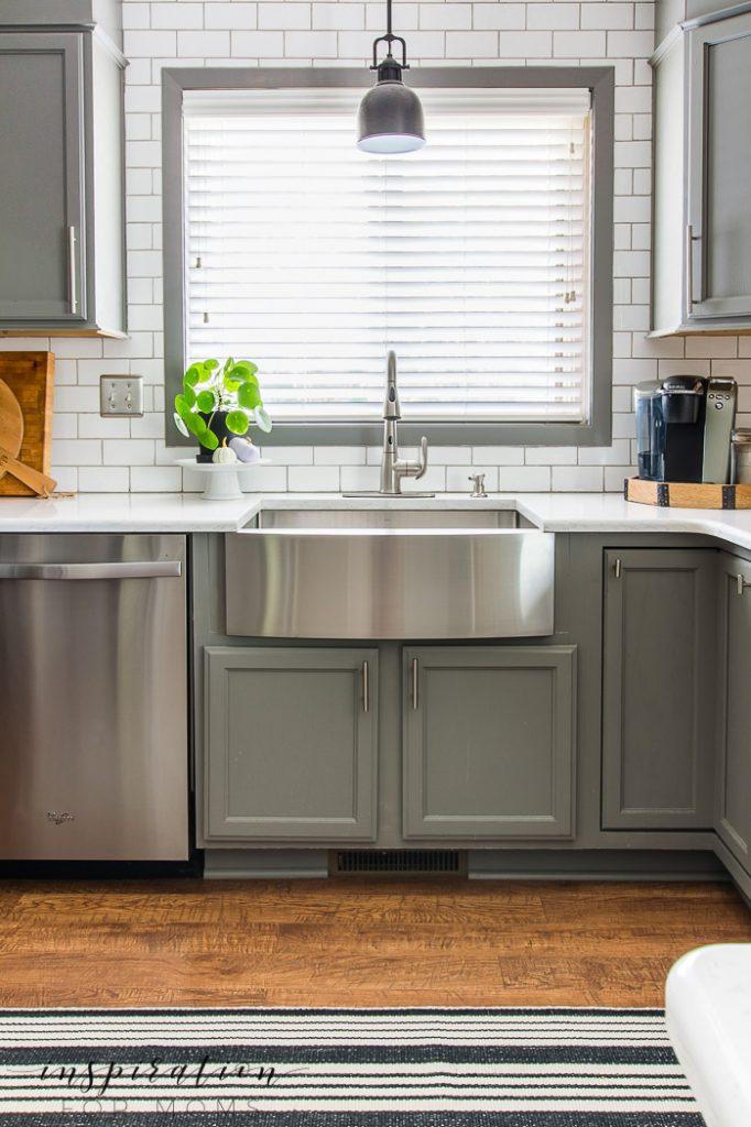 fall home tour, farmhouse kitchen sink, white subway tile