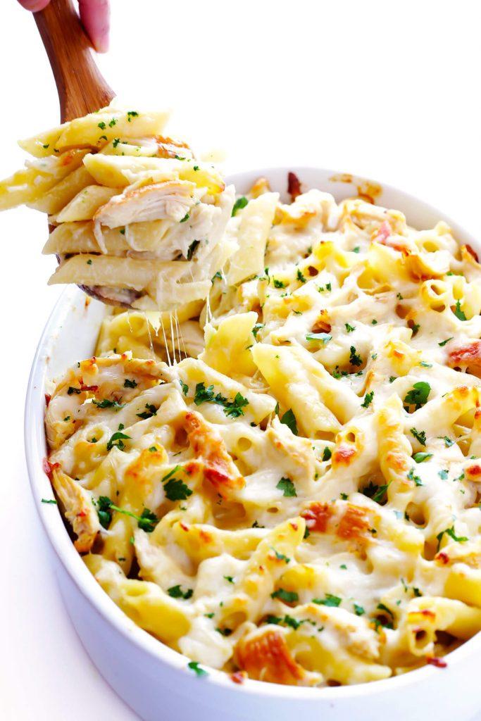 chicken Alfredo baked ziti - looks so good