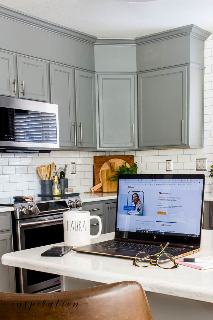 Get Expert Tax Advice with TurboTax Live