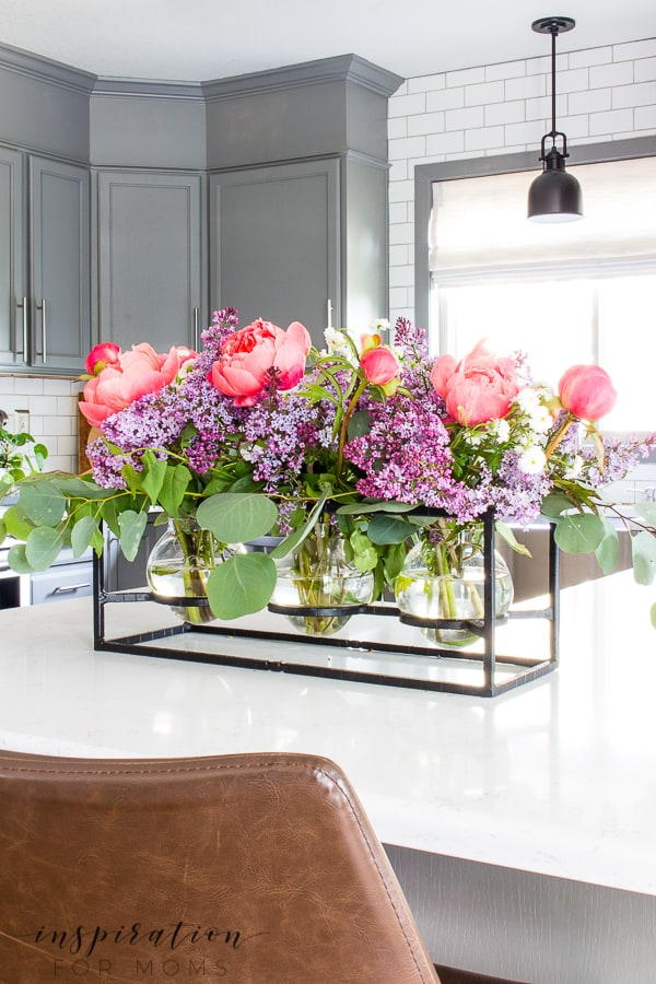 Easy Peony and Lilac Arrangement