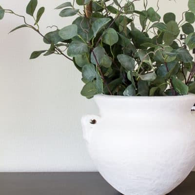 Get the sources to the bedroom refresh and learn how to make your own ceramic vase! #bedroomrefresh #ceramicvasetutorial #bedroomsources