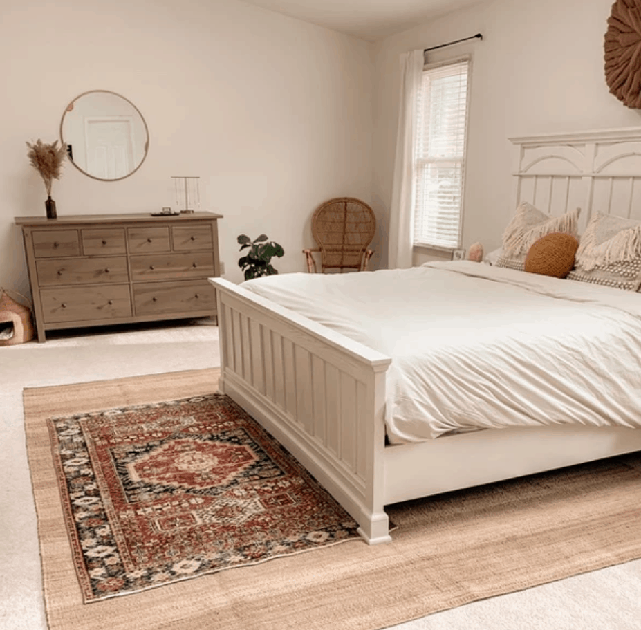 Give your home a unique look with stylish, hand crafted vintage rugs. Learn how to give this trend without spending a month's rent on a rug! #vintagerugs