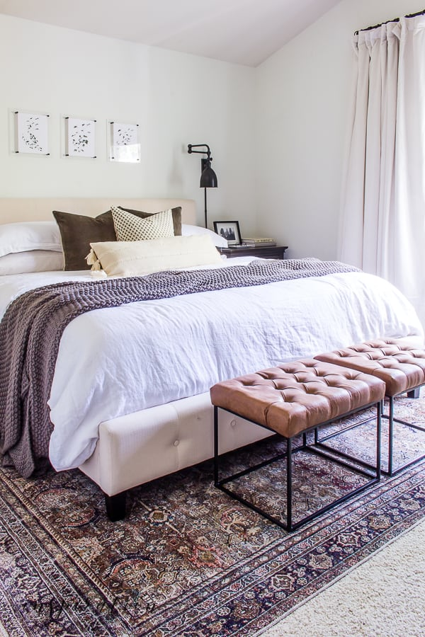 Simple Fall Touches in the Bedroom
