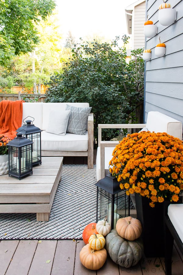 Easy Outdoor Fall Decorating Ideas