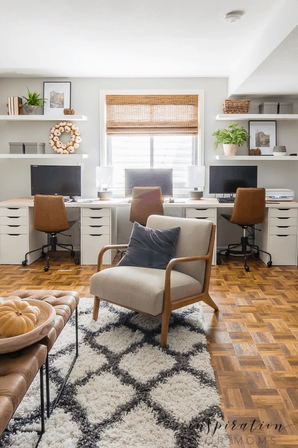 Get inspired with easy fall decorating in the basement! See how a few simple additions added a warm, cozy feel to this room! #falldecorating