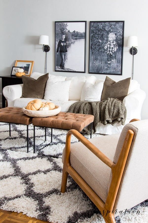 Get inspired with easy fall decorating in the basement! See how a few simple additions added a warm, cozy feel to this room! #falldecorating #fallbasement